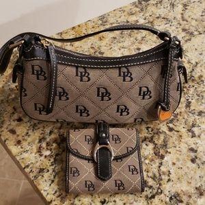 Dooney & Bourke Signature Quilt Slouch Bag Wallet